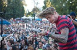 John-Dwyer-of-Thee-Oh-Sees-at-Burger-Boogaloo_Pedro-Paredes-Haz